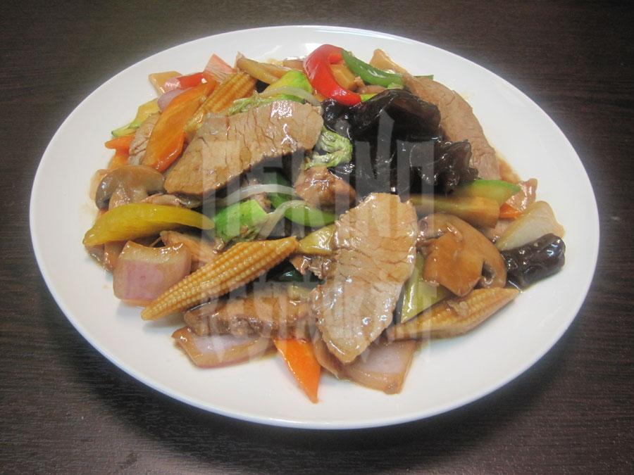 Χοιρινό με λαχανικά