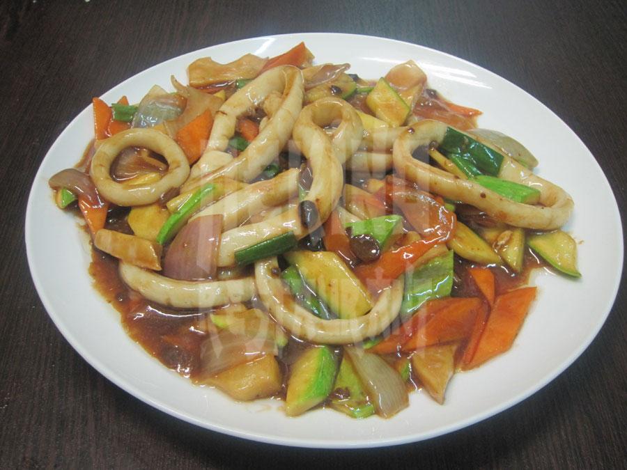 Καλαμάρι με σάλτσα Τζιάνγκ Μπάο